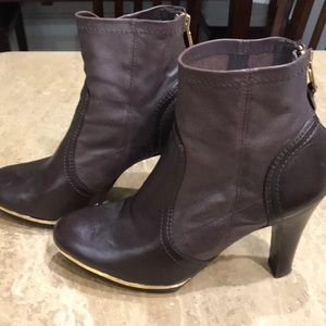 Tory Burch Brown Leather bootie